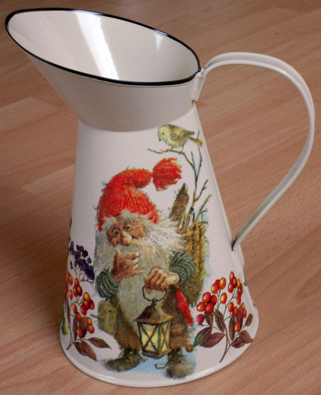 beautiful emaille mug nisser