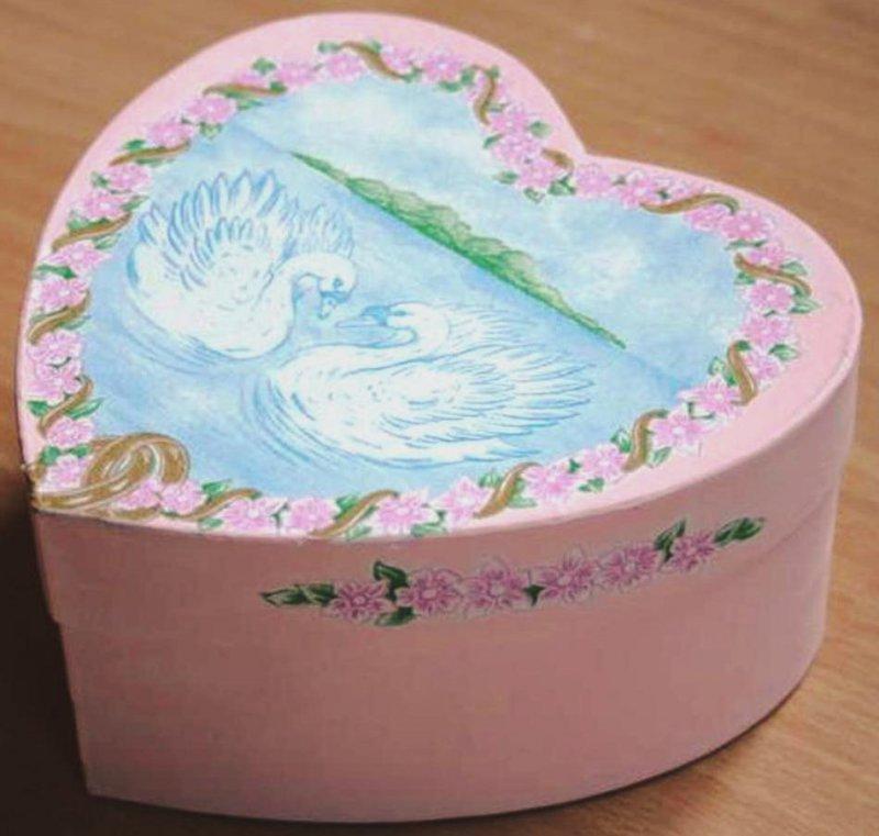 ring box swan and roses