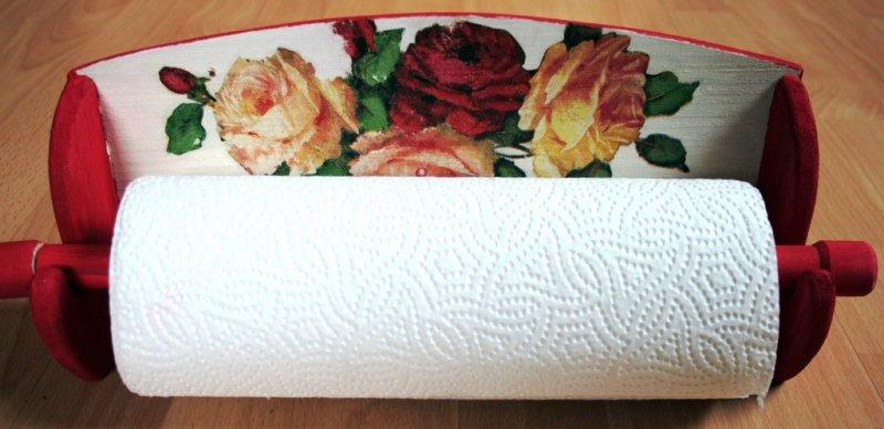 wunderschöner Küchenrollenhalter Rosen