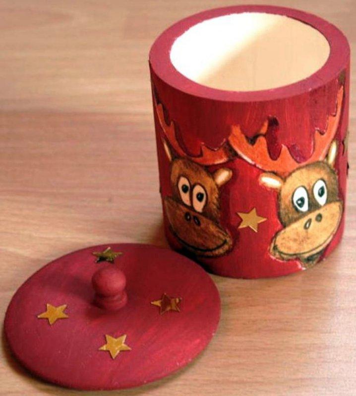 nice wooden gift box reindeer
