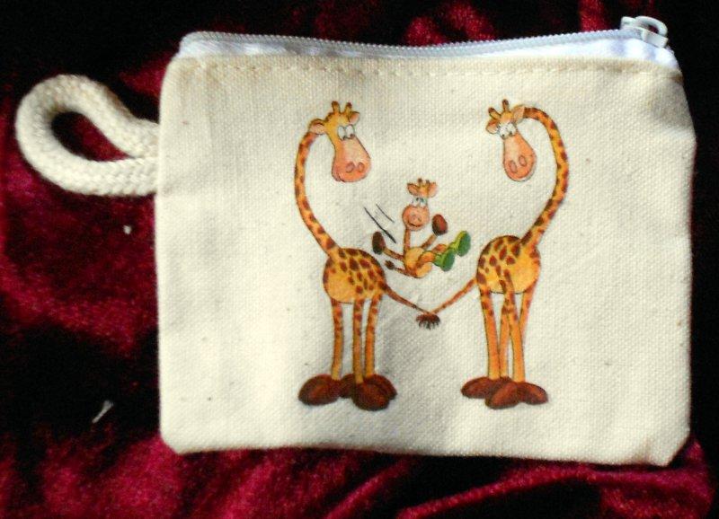 nice animal case for keys - giraffes - true love