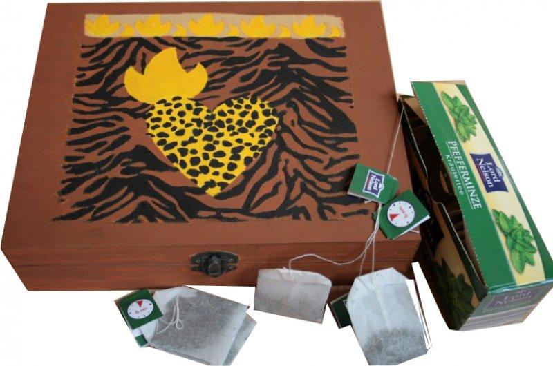 außergewöhnliche ethno Teebeutelbox Afrika Herzen