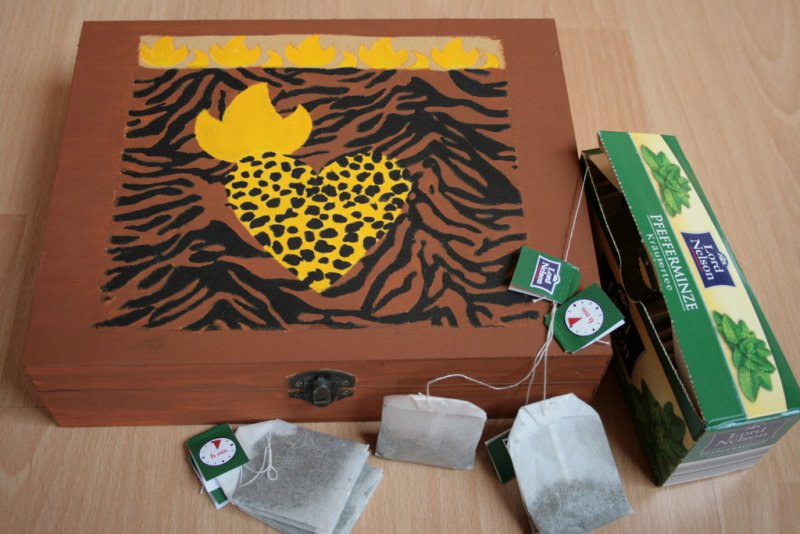 ethno tea bag box heart of africa