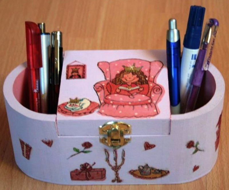 nice princess pencil box