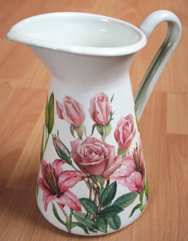 zauberhaft romantische Metallkanne Rosen Lilien