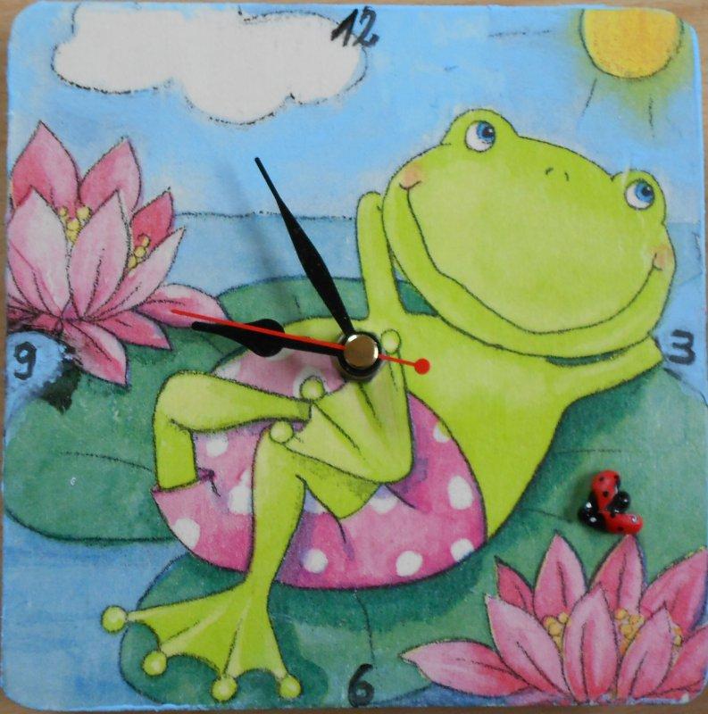 cute wall clock relaxing frog