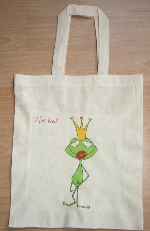 cotton bag frog with crown