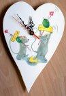 lustige Herz Wanduhr Käse stapelnde Mäuse