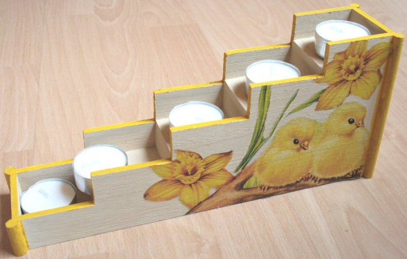 wonderful easter tealight stairs biddy with daffodils