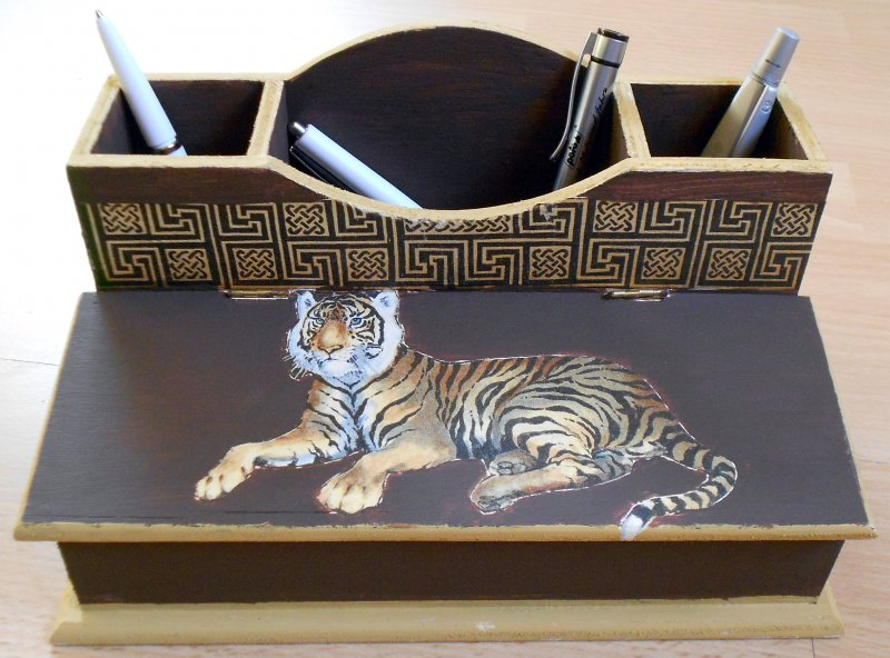 elegante Stifte - bzw. Utensilobox Tiger