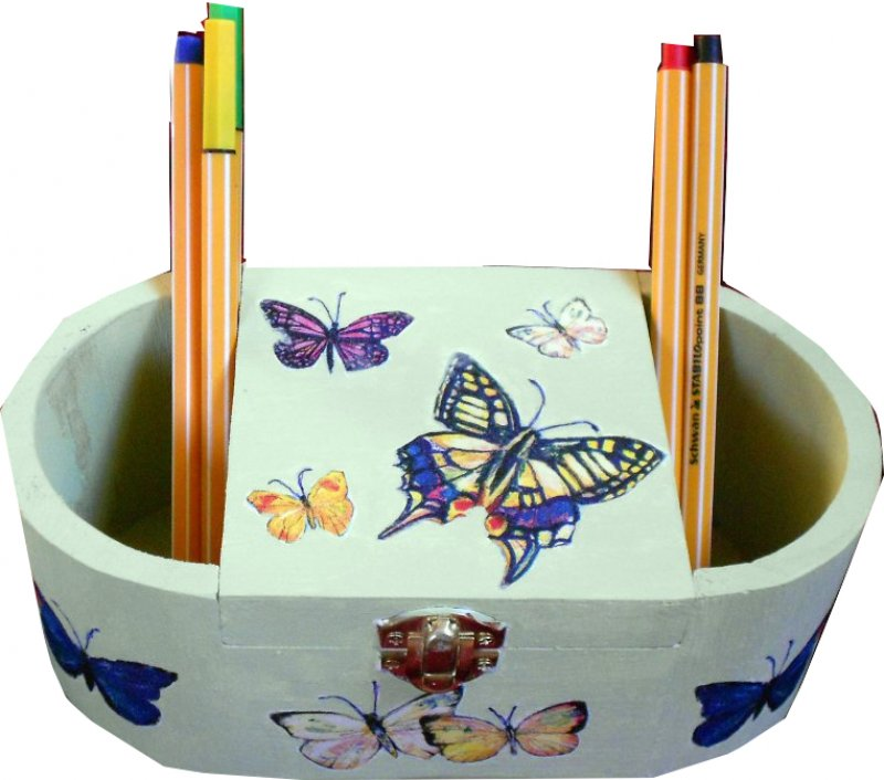 farbenfrohe Stifte - bzw. Utensilobox Schmetterlinge