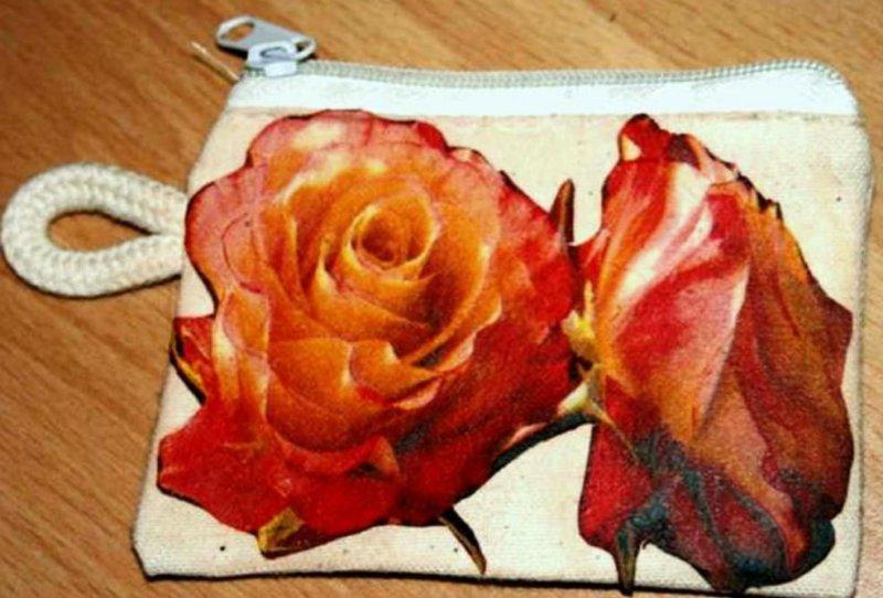 nice floral case for keys - roses