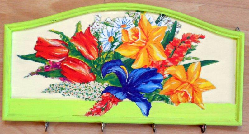 farbenfrohes Schlüsselbrett Frühling Zauber