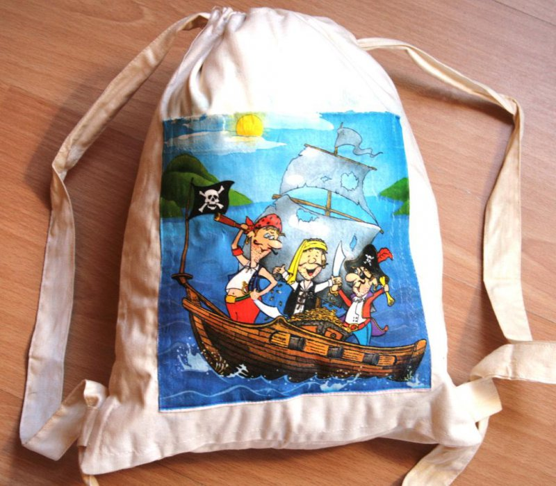 cool cotton rucksack pirates on the sea