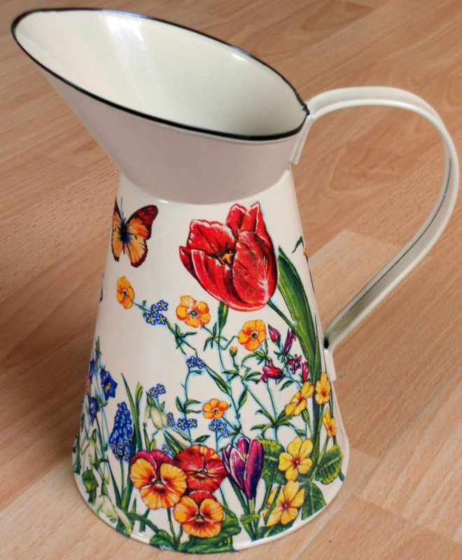 romantic emaille wonderful springtime flowers and butterflies
