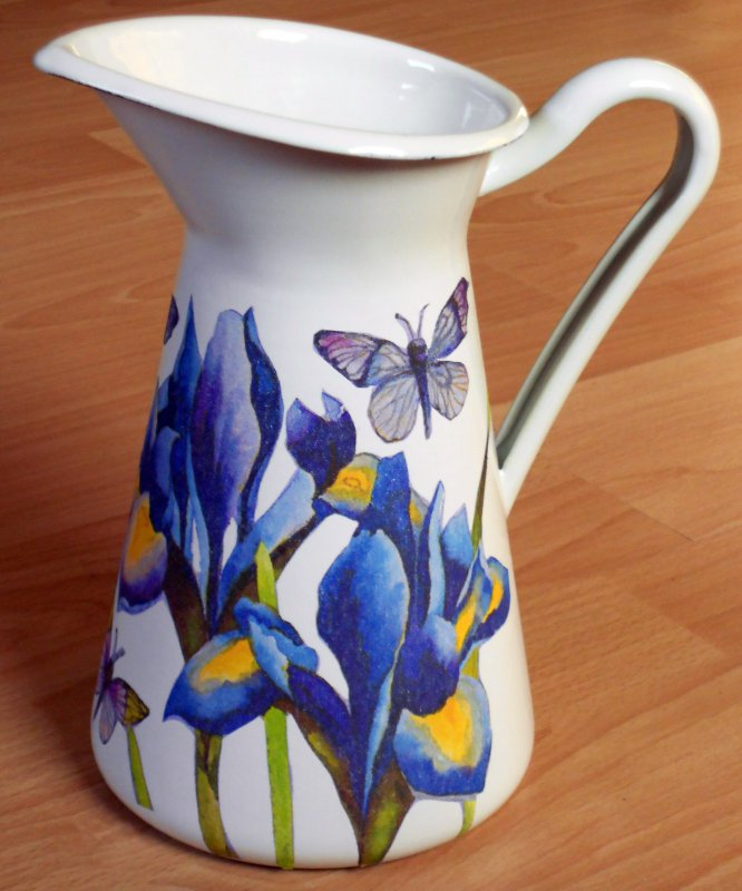 zauberhafte Frühling Metallkanne Iris und Schmetterlinge
