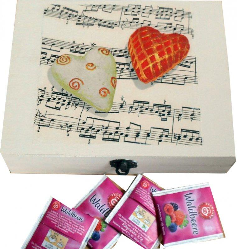 romantische Teebeutelbox Herzen für Musik