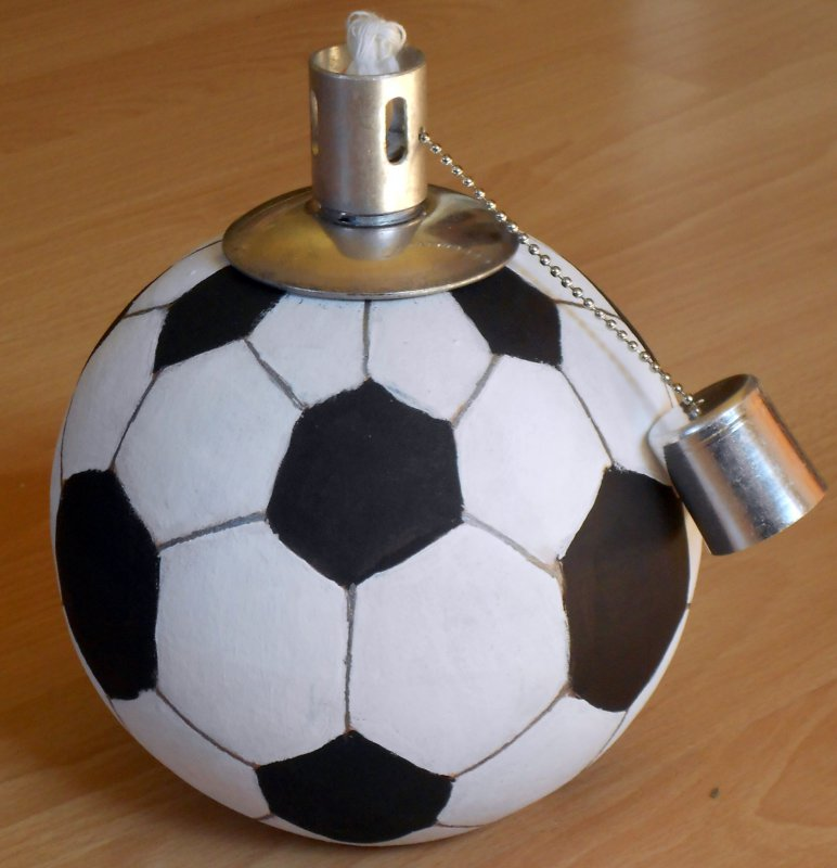 originelle Kugelfackel Fussball