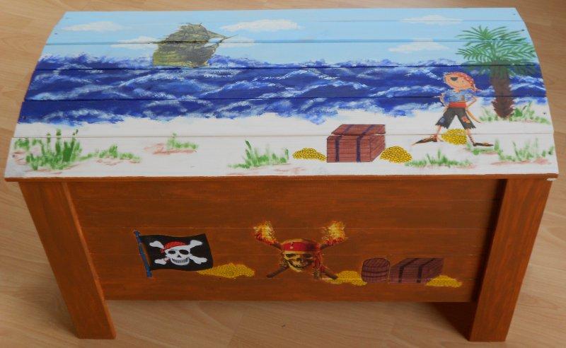 Spielzeugtruhe - Holztruhe Piraten Schatzinsel