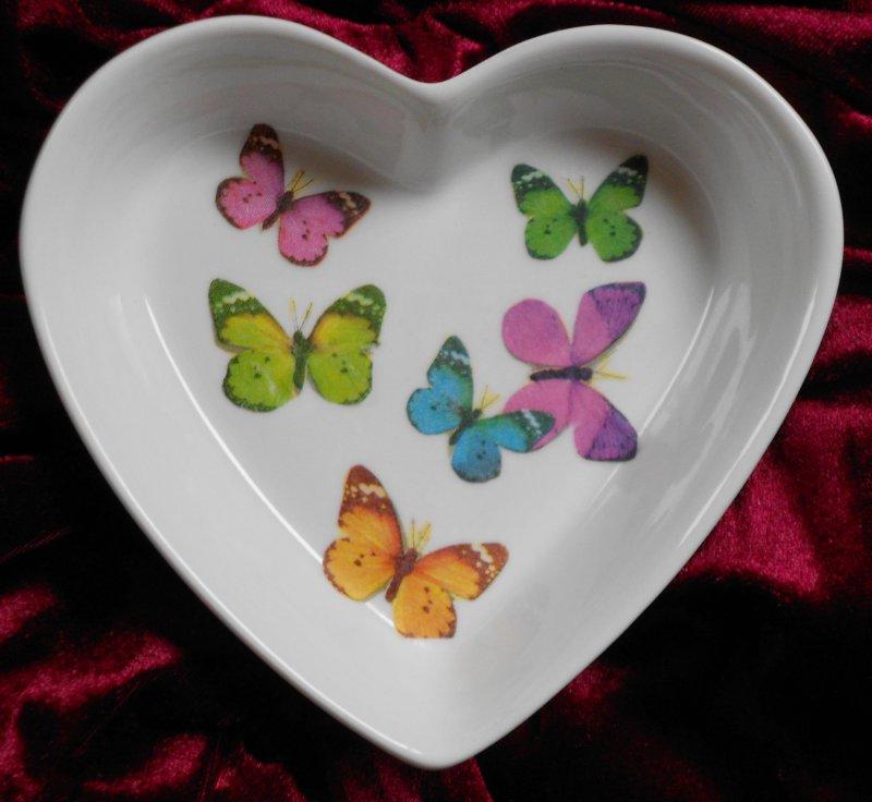 cute heart porcellain dish beautiful butterflies