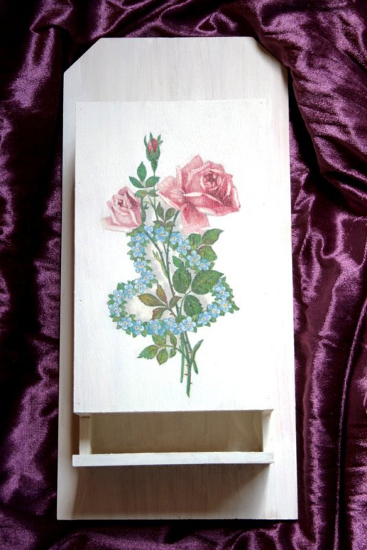 free handpainted handkerchif dispenser roses