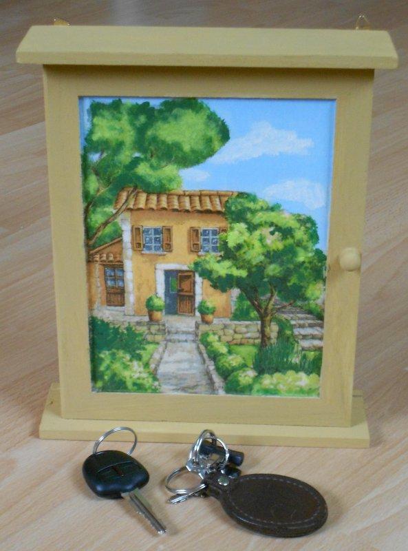 small key cabinet mediteranean house