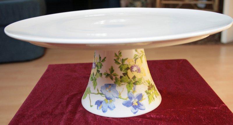 wunderschöne Tortenplatte Glockenblumen und gelbe Winden