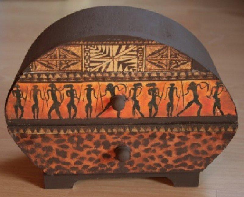 ethno Schmuckkästchen Afrika Krieger