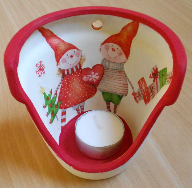 tea light holder cute dwarfs with gifts