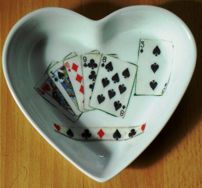 cute heart porcellain dish poker games