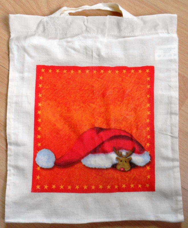 lustige Weihnachtstasche Elch unter Weihnachtsmütze