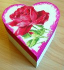beautiful heart gift box romantic roses