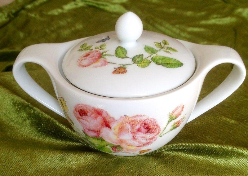 Romantische Porzellan Zuckerdose Rosen